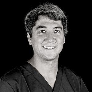 Dres. Ramón y José Luís Domínguez Mompell. Clínica Dental Mompell & Micó (Madrid)